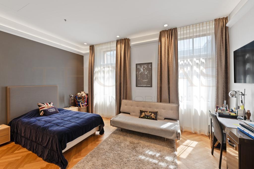 Zimmer I.